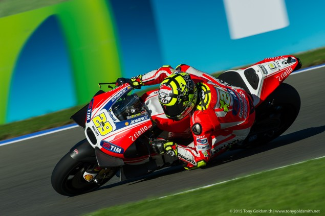 Friday-Valencia-Grand-Prix-of-Valencia-MotoGP-2015-Tony-Goldsmith-59