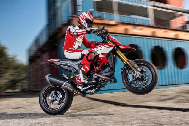 2016-Ducati-Hypermotard-939-SP-13