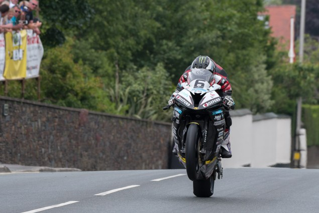 michael-dunlop-isle-of-man-tt-pokerstars-senior-tt-tony-goldsmith