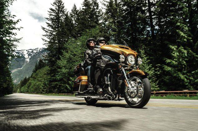 Harley-Davidson-FLHTKSE
