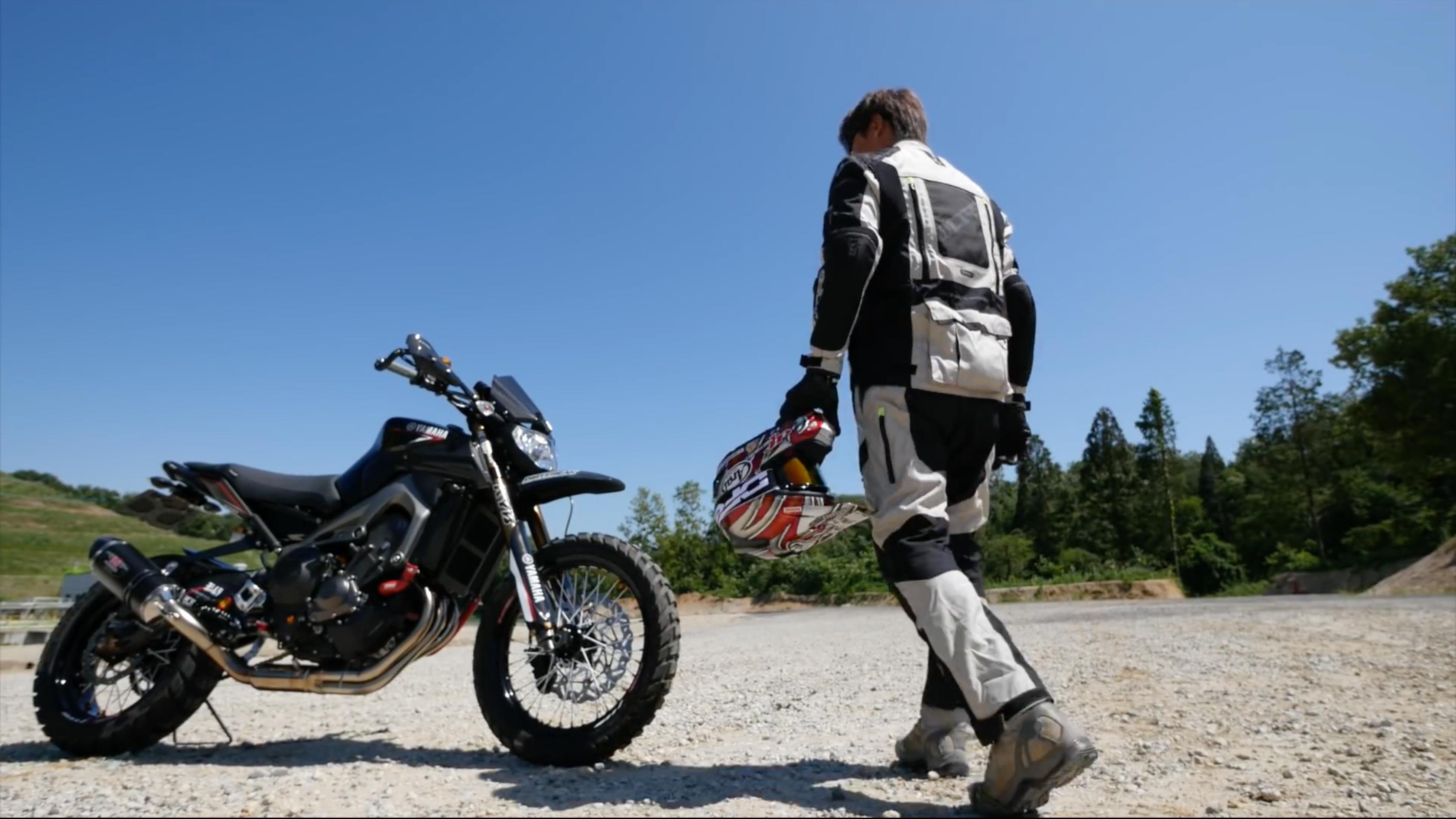 Yamaha-MT-FZ-10-Adventure-Tourer-ADV-custom-08.jpg