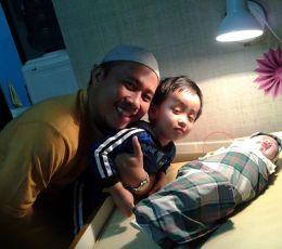 Muhammad Kiran Bitara Tadda bersama Papa dan Kakak Bara