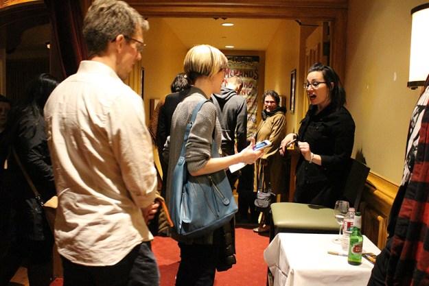 isa chandra book signing