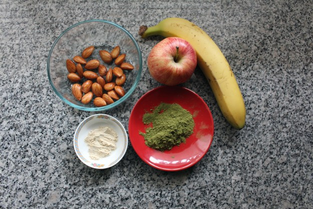 malunggay smoothie wide ingredients
