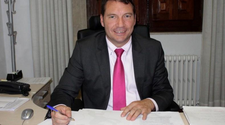El alcalde de Encinedo, José Manuel Moro (S. G.)