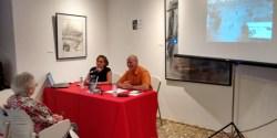 Emilia Villanueva y Julio Blanco presentaron el libro en la Casa Panero. / CCU