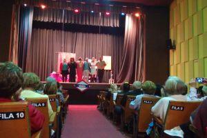 La obra 'Tomasa échame las cartas' en el Teatro Diocesano Astorga. DA