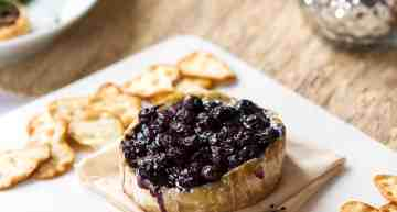 Baked Brie with Wine-Soaked Blueberries