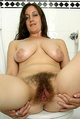 amkingdom hairy milf