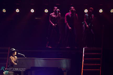 Alicia Keys-22