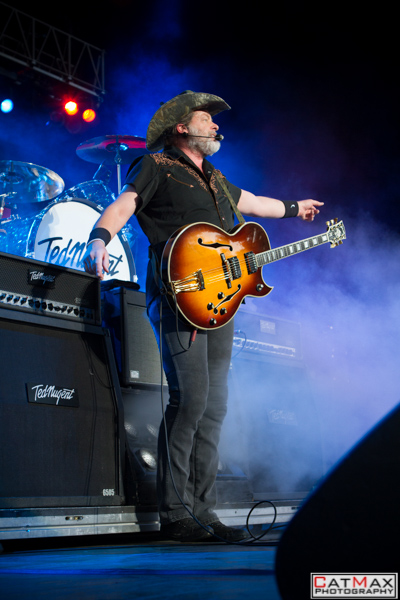 CatMax Photography-Ted Nugent-Verizon Wireless Amphitheater-3203
