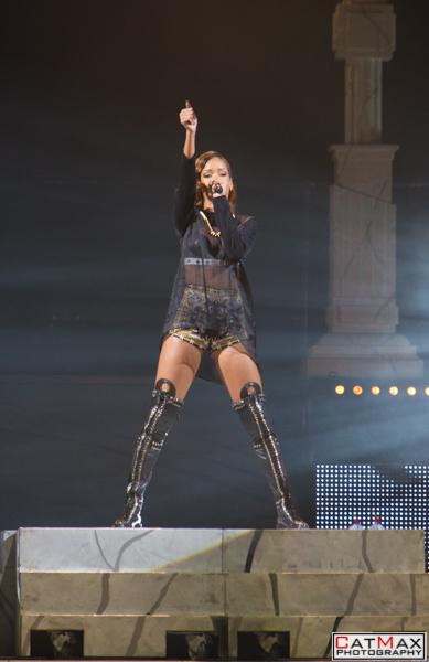 CatMax-Rihanna-Philips-Arena-1099