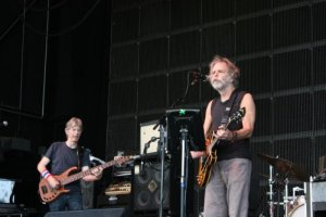 Picture Book & Live Review: Furthur at Verizon Wireless Amphitheatre, July 31