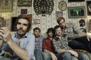 Q&A with Red Wanting Blue; Playing Vinyl November 29th