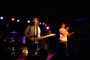 Live Review & Picture Book: The Temper Trap @ The Loft, April 9