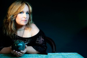 5GB Interview: Gretchen Peters Playing @ Eddie's Attic 4/25!