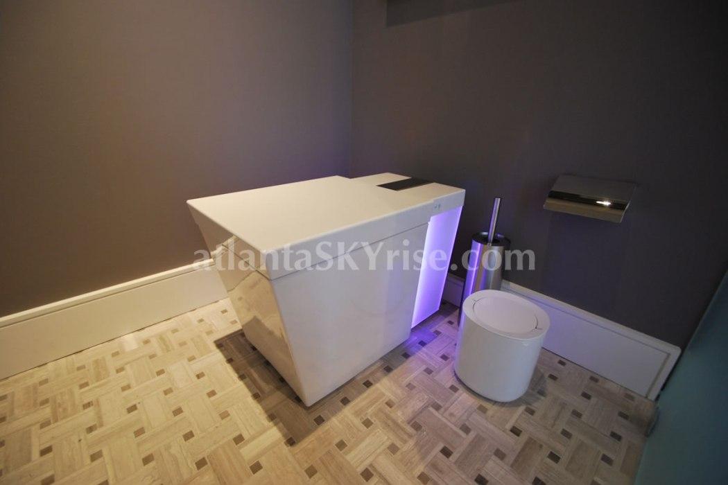 HGTV Urban Oasis 2014 Master Bathroom Commode