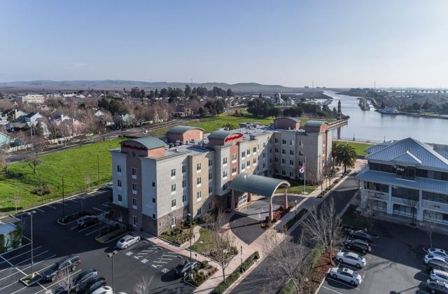 Hampton Inn Suisun City