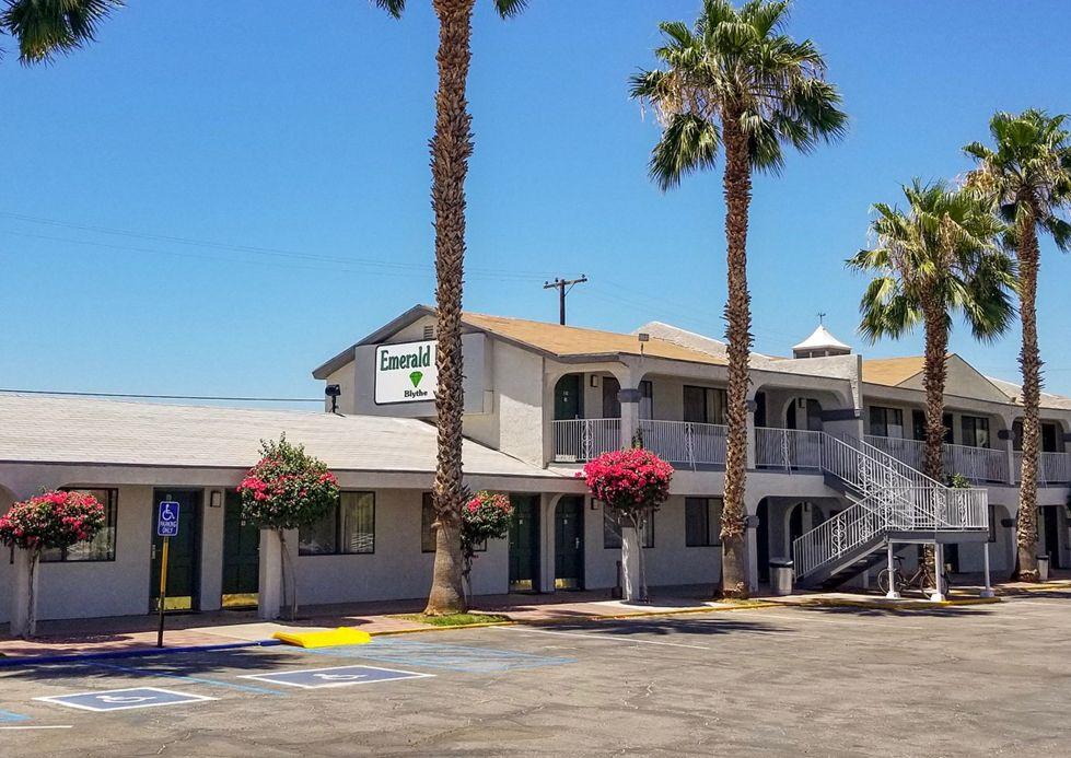 Emerald Inn & Lounge (Blythe)