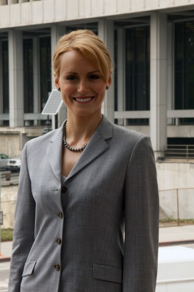 Atlas Shrugged Movie Photo - Taylor Schilling as Dagny Taggart 10