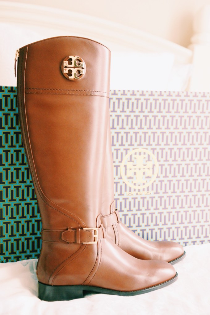 Katelyn Jones A Touch of Pink Blog Nordstrom Anniversary Sale Tory Burch Riding Boots