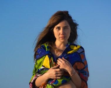 Vanessa, éclairée par le soleil couchant à Punta de Chorros