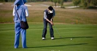 高尔夫球场球也成为大陆官员腐败的工具。(网络图片)