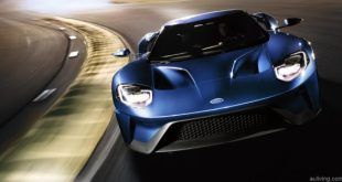 2017_ford_gt_on-track