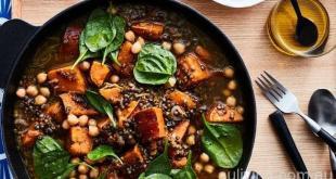 扁豆、红薯和鹰嘴豆炖锅