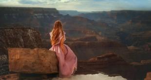 俯览亚利桑那州的大峡谷