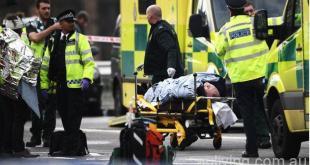 倫敦大都會警方證實,包括襲擊者在內4人死亡,其中1名是警員。該事件還造成至少20人受傷,傷者中有3名警員。(BBC截圖)