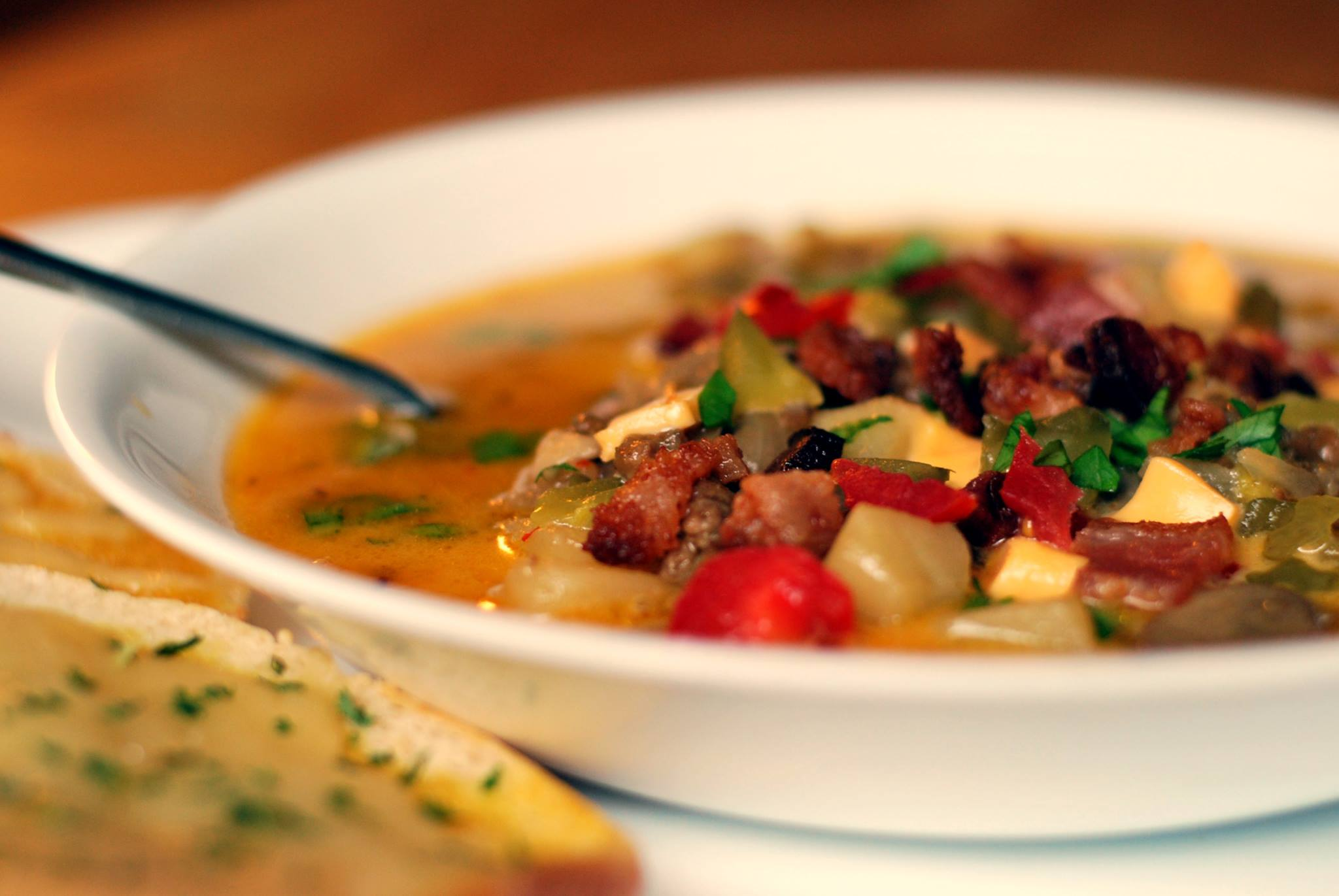 Bacon-Cheeseburger Potato Soup | Aunt Bee's Recipes