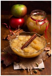 Healthy Foods After Gum Surgery: Homemade Spiced Apple Sauce