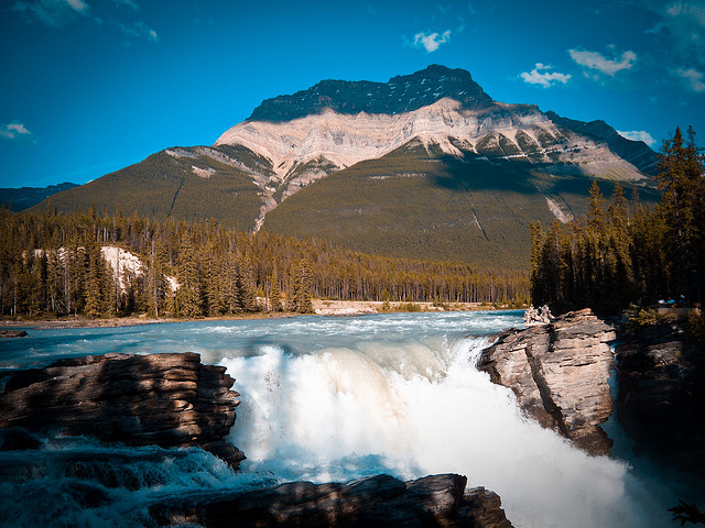 Athabasca Sand Dunes waterfall
