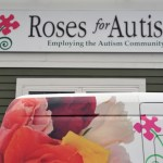 Roses for Autism Provides Centerpieces for Sixth Annual World Focus on Autism Event