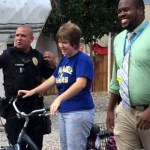 Police officer replaces woman with autism's stolen bike – w/video