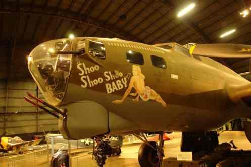 Boeing B-17G, modelo com torre de tiro no queixo