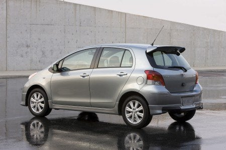 2009 Toyota Yaris 5-door Liftback S rear