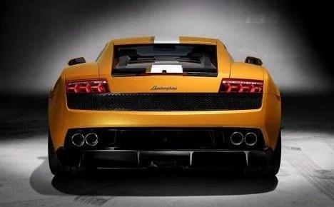 Lamborghini LP550-2 rear
