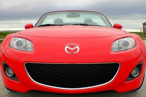 2009 Mazda MX-5 Miata front