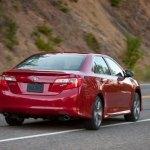 2012-Toyota-Camry-Rear-Three-Quarter-623x389