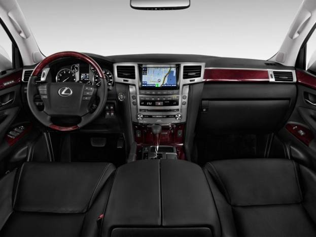 Lexus LX570 cabin