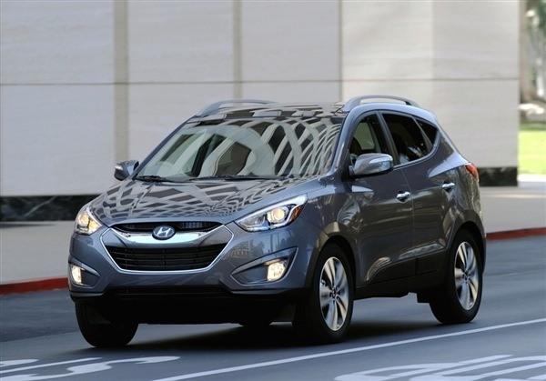 2014 Hyundai Tucson front