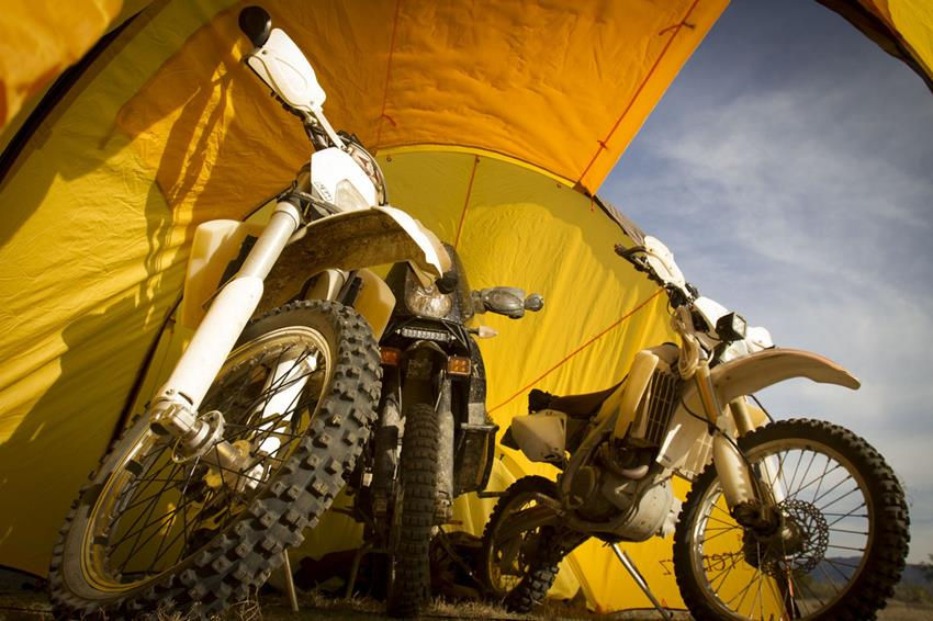 redverz-motorcycle-expedition-tent-8