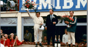 From left: Bruce Mclaren, Henry Ford and Chris Amon on victory rostrum at the 24-hours of Le Mans 1966-