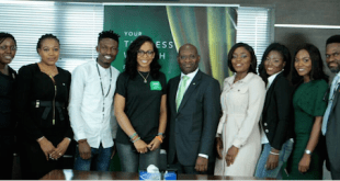MD, Heritage Bank Plc, Ifie Sekibo,  (middle) flanked from the right by Tokunbo Idowu (TBoss), Efe Ejegba (Efe), Group Head, Market Intelligence & Analytics, Retail Banking, Cynthia Erigbuem; Team Member, Brand Compliance Management, Ozena Utulu; from right, Bisola Ayeola (Bisola), Oluwarise Deborah (Debbie Rise), Media Sales Executives at Multichoice, Omobolaji Mogaji and Group Head, Corporate Communications of the bank, Fela Ibidapo, during the visit of the Big Brother Naija 5-top finalists to Heritage Bank's Head Office, in Lagos...recently