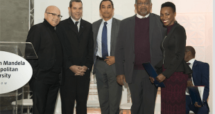 From left: Dr. Ismail Lagardien - Executive Dean: Faculty of Business and Economic Sciences; Mr Neil Stander - Ford Motor Company of Southern Africa; Prof Derrick Swartz - NMMU Vice-Chancellor; Judge Ronnie Pillay - Chairperson of NMMU Council and Ms. Yonela Dube - recipient of Ford Premier Award, at the award ceremony in Port Elizabeth …last Thursday