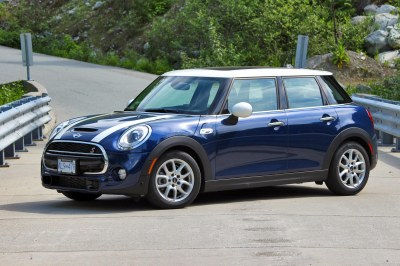 Big Guy, Small Car Test Drive: 2015 Mini Cooper S 5-door - Page 2 of 4 - Autos.ca | Page 2