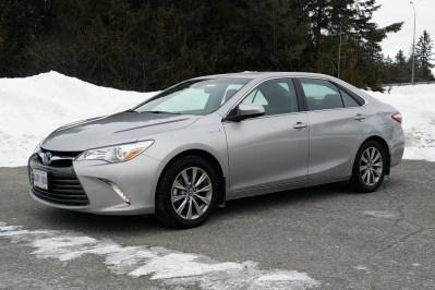 2016 Toyota Camry Hybrid - Autos.ca