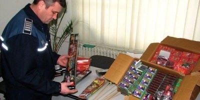 artificii-petarde-politist-confiscare